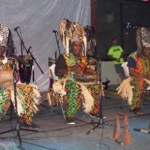 tam tam congo playing instruments